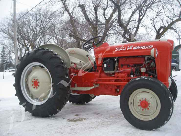 Ford 661 Workmaster - Gas Rebuilt Tractor