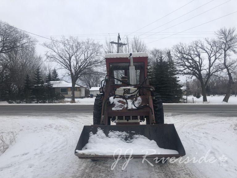 Cockshutt 1650 Diesel Tractor (1965)