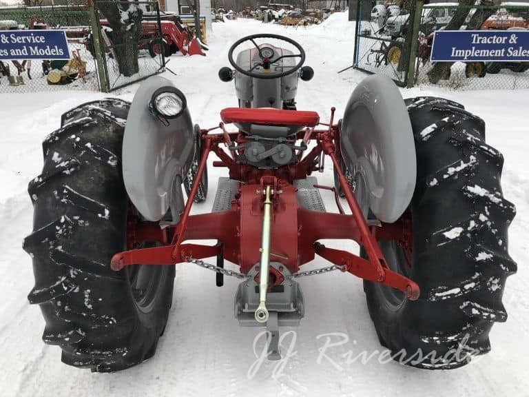 Ford 851 Tractor